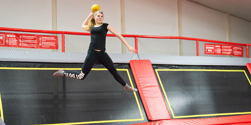 dodge-ball1_jumping-point-trampolinpark-quickborn
