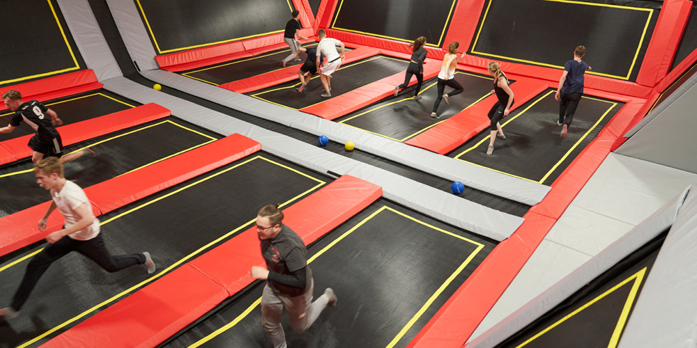 dodge-ball3_jumping-point-trampolinpark-quickborn