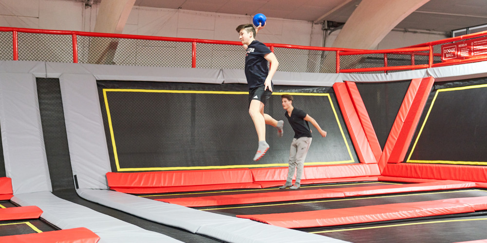 dodge-ball7_jumping-point-trampolinpark-quickborn