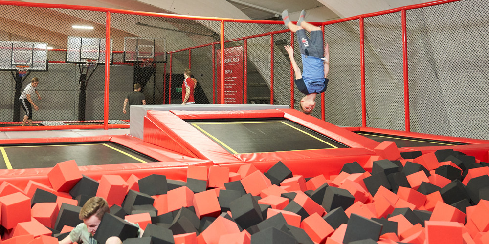 foam-pit4_jumping-point-trampolinpark-quickborn