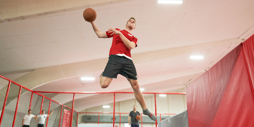 slam-dunk4_jumping-point-trampolinpark-quickborn