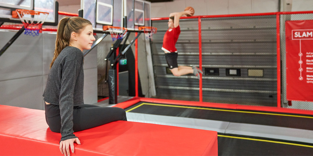 slam-dunk6_jumping-point-trampolinpark-quickborn